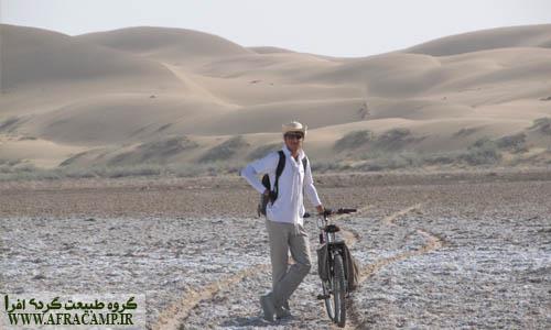در نزدیکی ریگ زارهای مرنجاب(صالح شاهی)