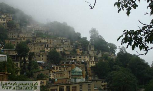 مقصد ما روستای ماسوله، که در باران تابستانی بسیار باطراوت بود
