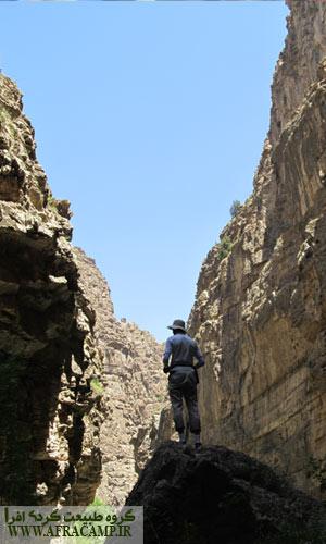 بهترین فصل گذر از دره شمخال اواخر بهار و اوایل تابستان است