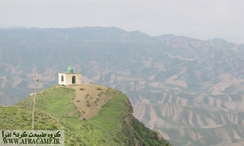 محلی ها می گفتند این مقبره چوپان خالد نبی است.
