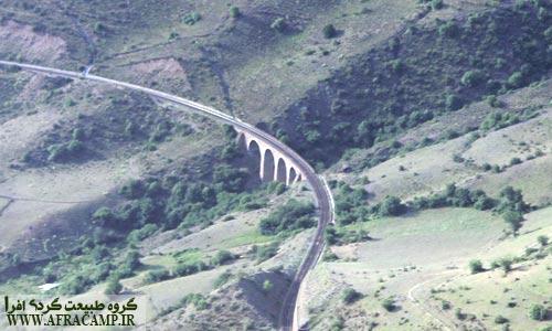 نمایی از یکی از پل های راه آهن منطقه