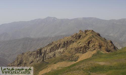 دورنمای قله توچال از قراز سیچال