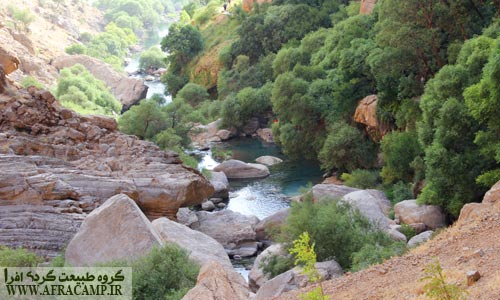 در بالادست رودخانه تنگ براق سد ملاصدرا احداث شده است.