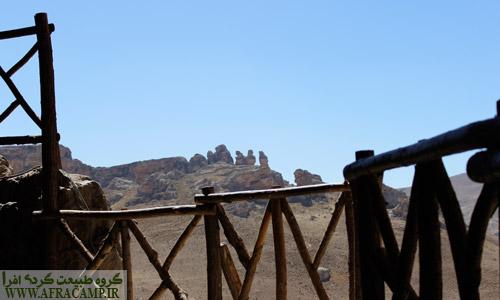 این اشکال سنگی در روبه روی غار کرفتو قصه هایی برای خود دارد