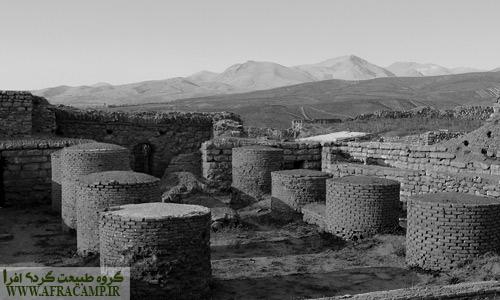 تالار ستون دار به جا مانده از دوران ساسانیان