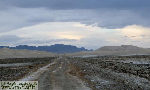 در مسیر معدن نمک خارا