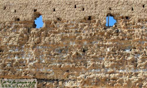دیواره های بیرونی قلعه