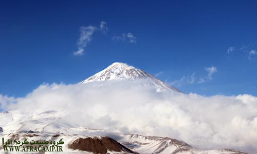 قله دماوند در مسیر رفت به شمال