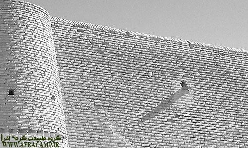 دیوار جنوبی کاروانسرا