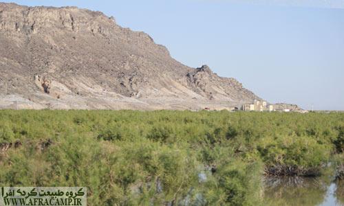 در اطراف کوه خواجه زمانی دریاچه بوده است.