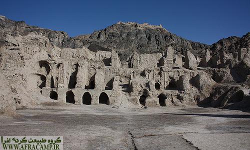حیاط مرکزی کهن دژ