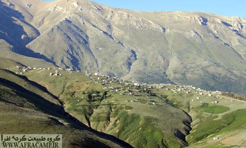 نمایی کلی از روستای ییلاقی جواهردشت