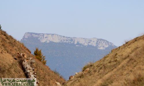 منظره قلعه ماران از فراز جنگل ابر که روز قبل آنجا بودیم.