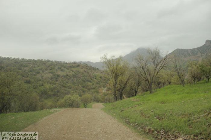 مسیر ماشین رو به سمت ابتدای پیمایش تقریباً 3 کیلومتر می باشد.