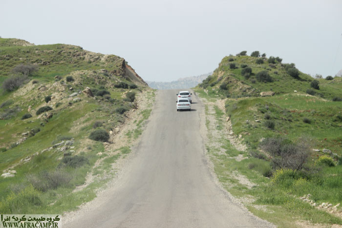 The way out of Landhi go to the lake Alvan