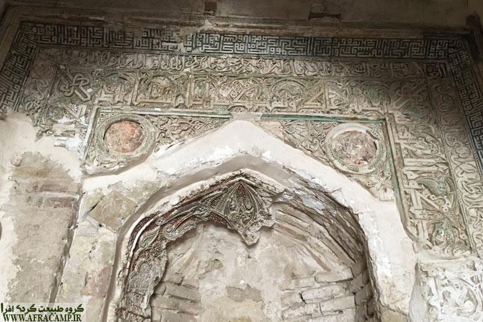 گچبری های مسجد