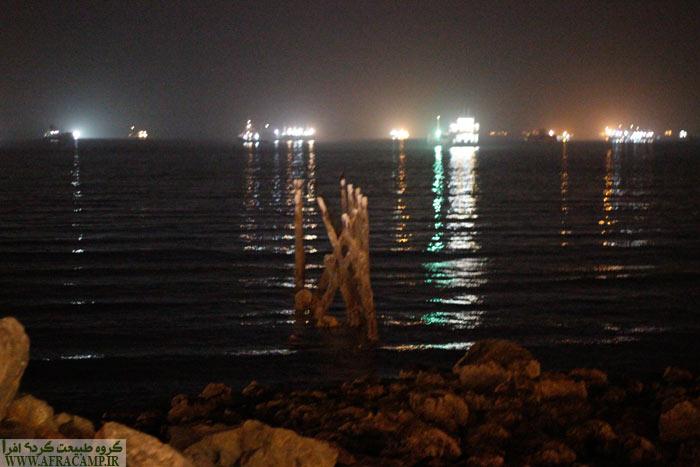 کشتی های بزرگ منتظر تخلیه یا بارگیری در بندرعباس