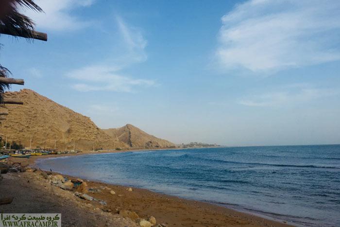 بندر زیارت، کوههای رسوبی زیبا. دیگر امواج کوبنده نیست و دریا پس از 3 روز آرامش گرفت