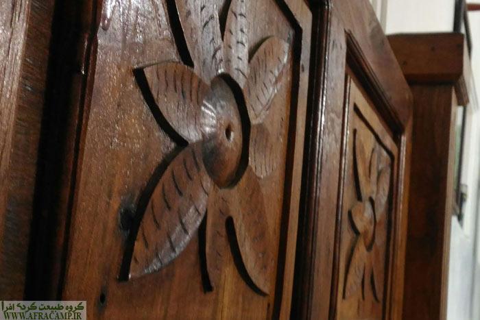 درهای زیبای اتاق های خانه یونسی