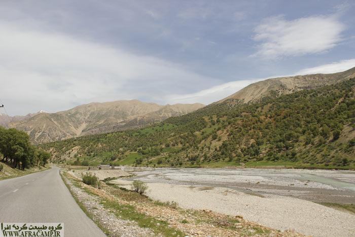 دره رود آب زَز