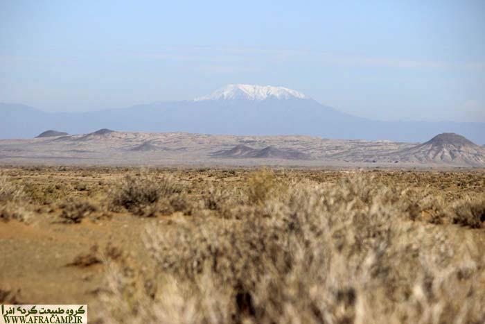 قله گر یا زر به ارتفاع ۲۹۵۰ متر، بلندترین قله منطقه در شمال داورزن، این قله در مسیر رضاآباد کاملا رخ می نماید.