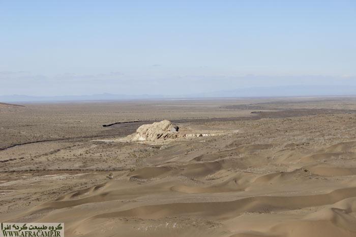 تک تپه ای از سنگ